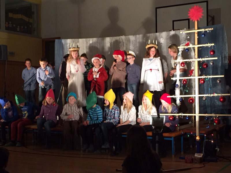 Grundschule Weihnachtsfeier.Weihnachtsfeier Grundschule 11 Wittenförden De